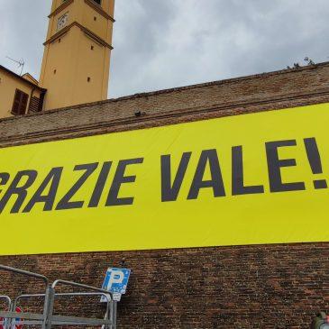 """TAVULLIA SALUTA IL SUO CAMPIONE: """"GRAZIE VALE!"""""""